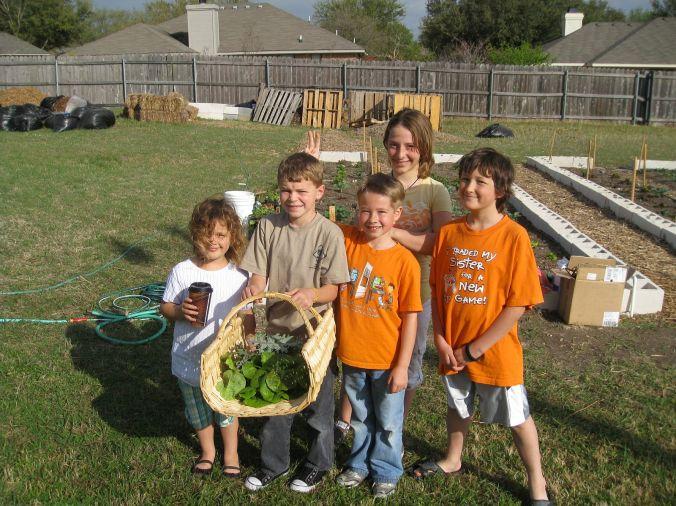 2011 Hewitt Community Garden Planting 2011 03 19 011
